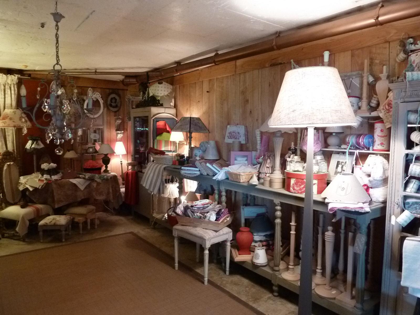 patine de meuble objet relook rose le gac. Black Bedroom Furniture Sets. Home Design Ideas