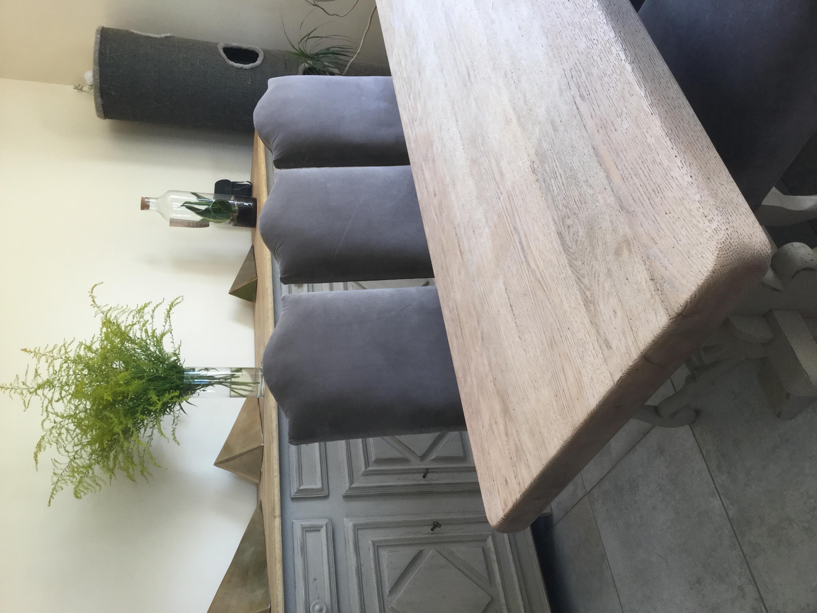 Table Monastere Et Bahut En Chene Relooker Armoire Vitrine En Chene Patine Shabby Chic Rose Le Gac