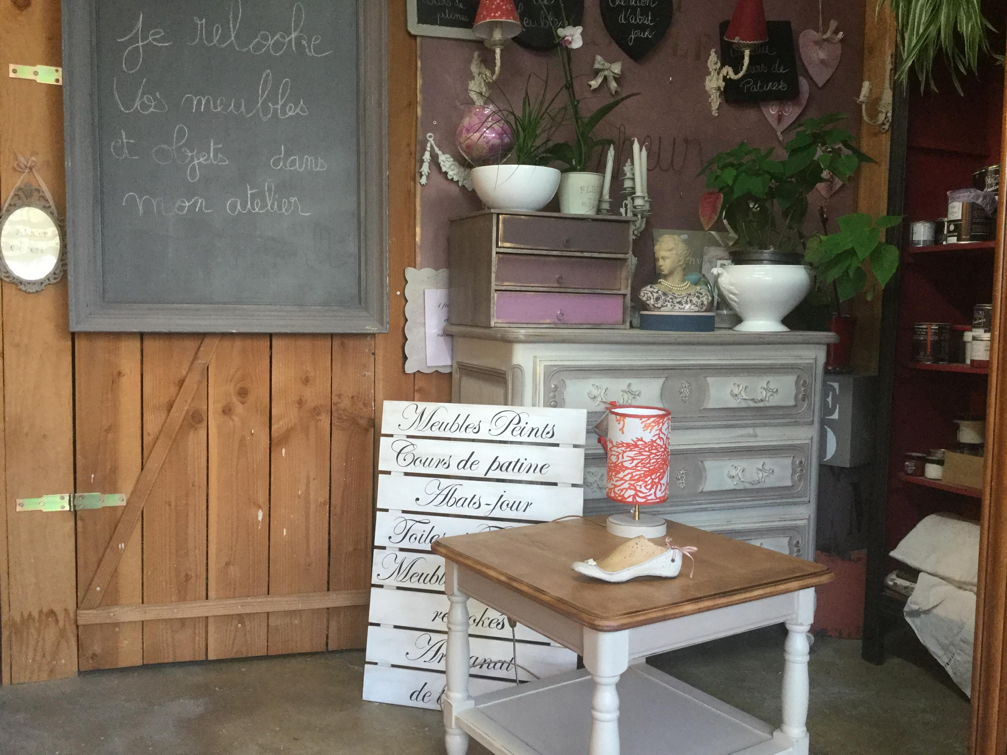 Relooker Une Table En Bois moka taupe gris patiné relooké meuble patiné | rose le gac